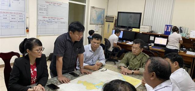 Successfully organized the search and rescue for 02 crew members of the Da Nang 07070 ship who were drifting in the sea