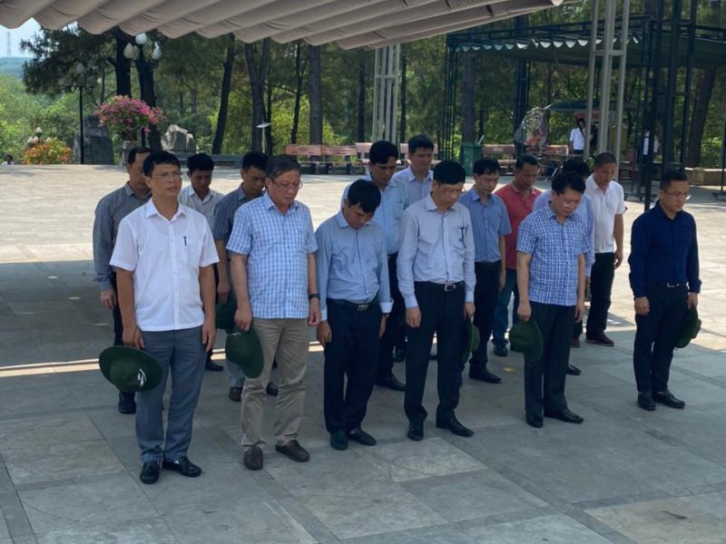 Tri ân các anh hùng, liệt sỹ tại Nghĩa trang Quốc gia Trường Sơn, Quảng Trị